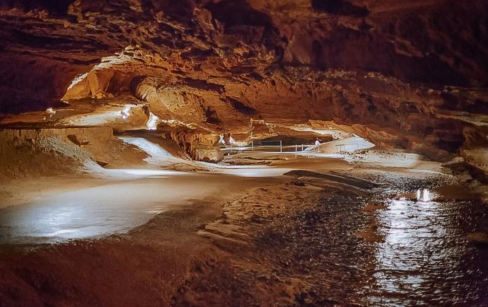 Tuckaleechee Caverns Great Smoky Mountains
