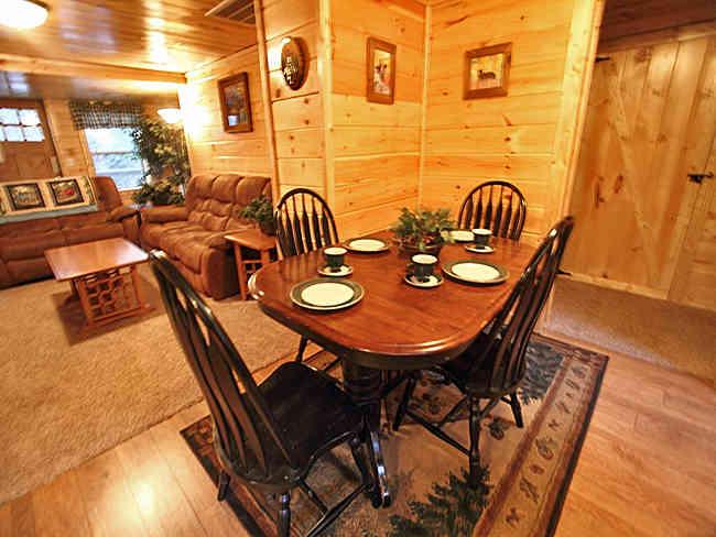 Bears Den Cabin