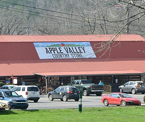 apple valley store