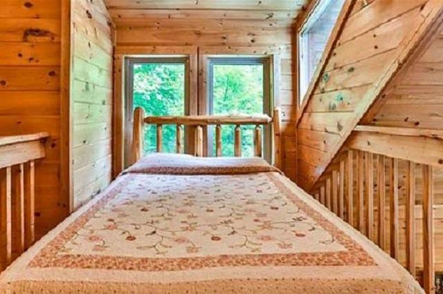 bear falls loft bedroom