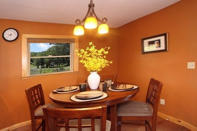 family memories dining room