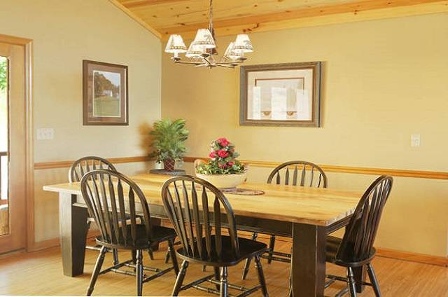 golden view lodge dining room