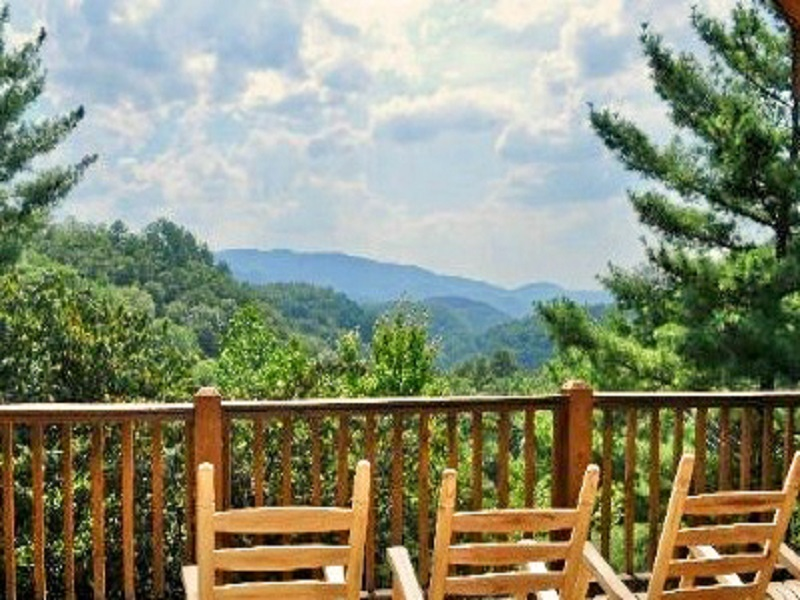 Smoky mountain golden cabins Cabin rental smokey mountains