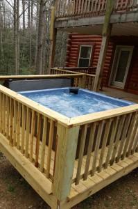bear-falls-hot-tub