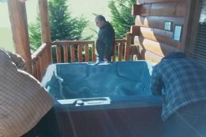 golden-memories-new-hot-tub