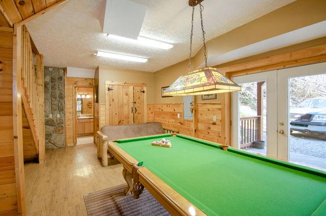 bear lodge game room
